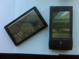 iMito iM7 with a 15-year-old Apple Newton